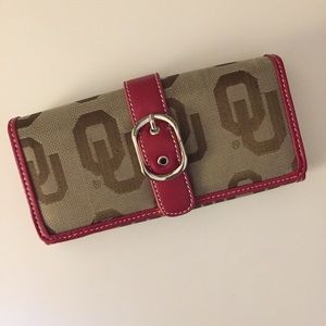 Never used OU wallet